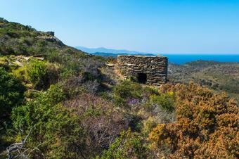 Barraca de Pedra Seca. Ruta de Cadaqués a la Muntanya Negra.