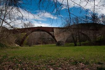 De Palau al Pont Trencant.