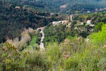 Ruta al voltant del Serrat de la Codina. St. Quirze de Safaja.