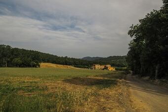 Pels antics veïnats de Rabioses i Pastells. Cruïlles, Monells i Sant Sadurní de l'Heura