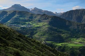 d'Altron a Vall d'Àssua fins a Olp, al Batlliu. Sort