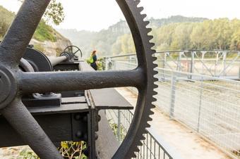 Natura i història a tocar del riu Ter. Roda de Ter.