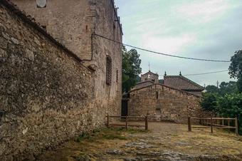 Per la cresta del Gall i el castell de Cabrera. Valls de l'Anoia