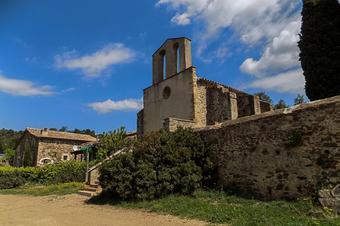 A l'ermita de Caulès i al Puig Ventós. Vidreres