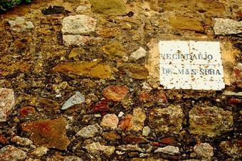 """Ruta """"Pujada al castell de Sant Miquel"""". Celrà."""