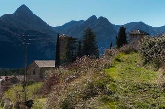 Ruta al castell de Roset, a Vilada.