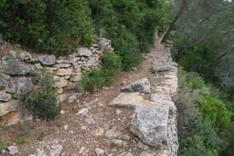 Itinerari de la pedra seca. Vallirana