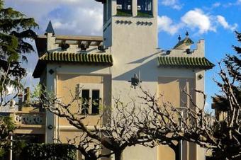Ruta del Modernisme i paisatge. Hostalets de Pierola
