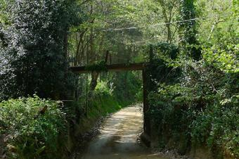 Ruta pels voltants de la capçalera de Sobirans.