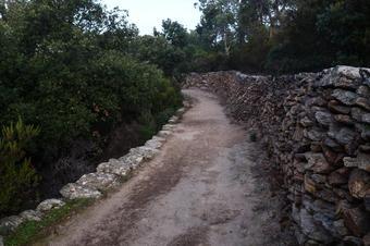 Itinerari megalític i de la pedra seca I. Roses